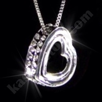 18K WHITE GOLD GF SWAROVSKI CRYSTAL LOVE HEART PENDANT NECKLACE FREE CHAIN BAG!!
